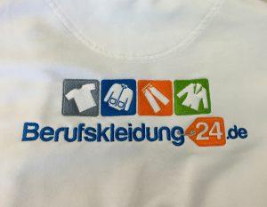 bestickter Pullover in weiß Berufskleidung24.de