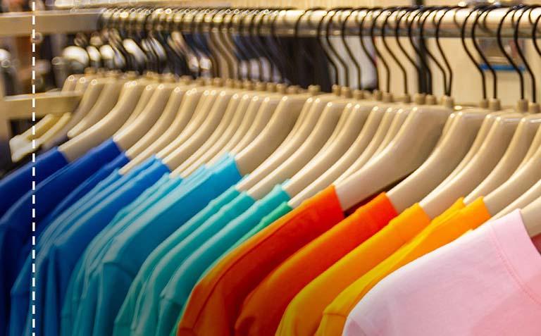 Auswahl an vielen T-Shirts